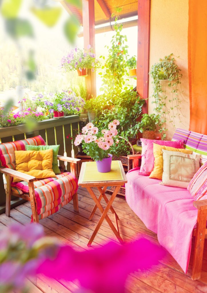 Outdoor Colorful Min